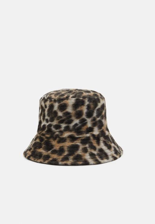 luipaard bucket hat